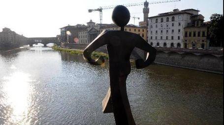 L'omino sul ponte di Clet (New Press Photo)