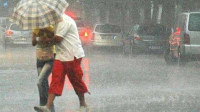 Meteo, maltempo in Lombardia: in arrivo pioggia e temporali