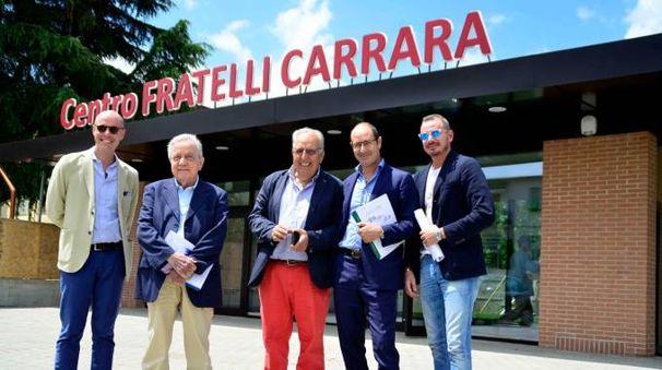INSIEME Da sinistra Luca Gori, Ivano Paci, Luigi Bardelli, Marco e Maurizio Carrara (Quartieri)