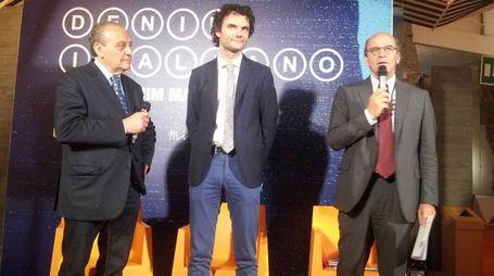 """Da sinistra, Luigi Guarducci, Matteo Biffoni e Raffaello Napoleone alla presentazione di """"Denim Italiano"""""""
