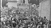 Il primo anniversario della morte di Mussolini (Archivio Walter Breviglieri)