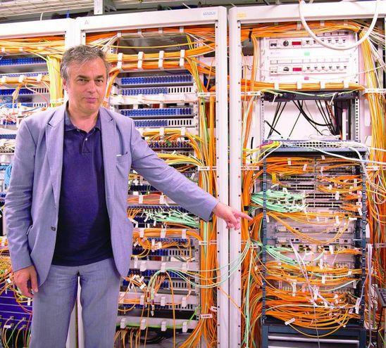 Luca Dell'Agnello, responsabile de team del Cnaf che supervisiona il lavoro del supercomputer