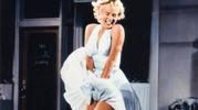 Il vento alza la gonna di Marylin Monroe nella celebre foto