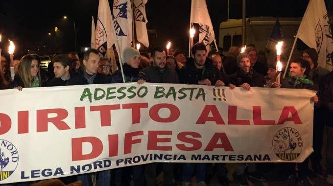 Il segretario federale della Lega Nord, Matteo Salvini, partecipa alla fiaccolata