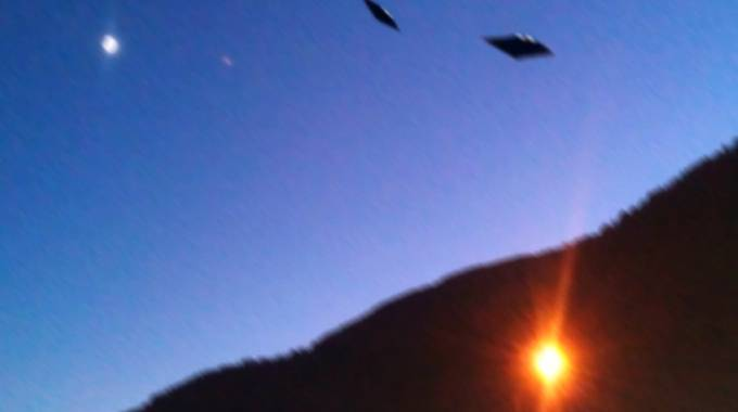 L'avvistamento si è verificato sui cieli sopra l'abitato di Lanzada