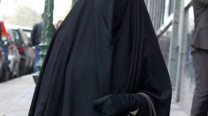 Varese ha vietato a chiunque di girare per le strade con il volto coperto Un divieto che il Ticino ha introdotto per via costituzionale nei giorni scorsi