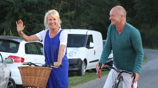 Sting con la moglie Trudy alla tenuta 'Il Palagio' (Foto Germogli)
