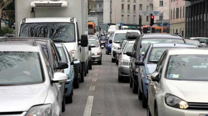 Blocco del traffico a Milano il 28, 29 e 30 dicembre. Anche nell'hinterland e a Pavia