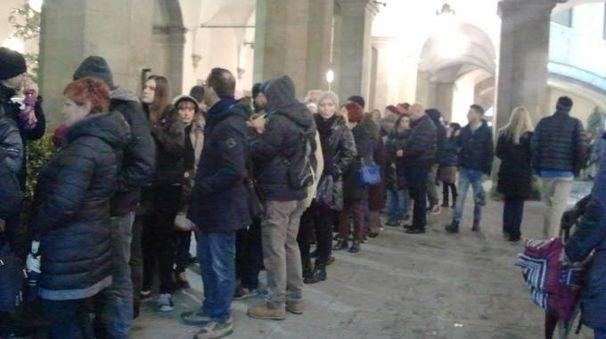 Lunghe code per entrare al museo di Palazzo Vecchio