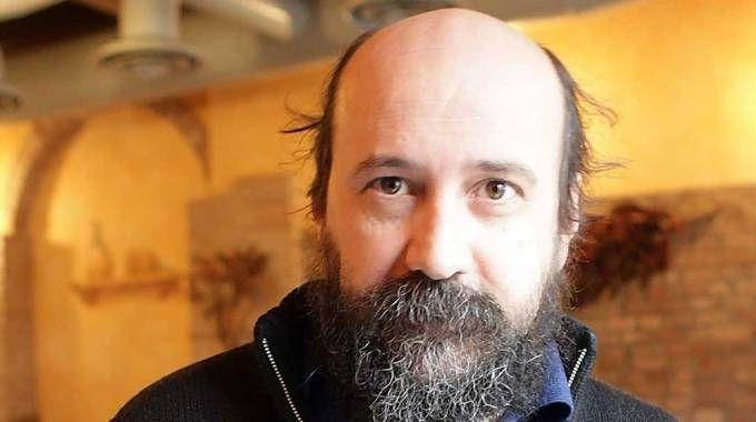 IN FERIE Franco Corbelli, titolare dello storico ristorante «Il Lurido» nel borgo San Giuliano: l'attività è chiusa quasi da un anno e mezzo