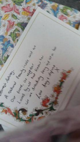 Le scritte per Ashley Olsen