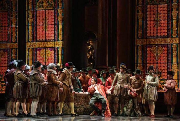 Il Rigoletto andato in scena alla Scala (Ansa)