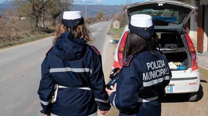 concorso bando polizia municipale domanda