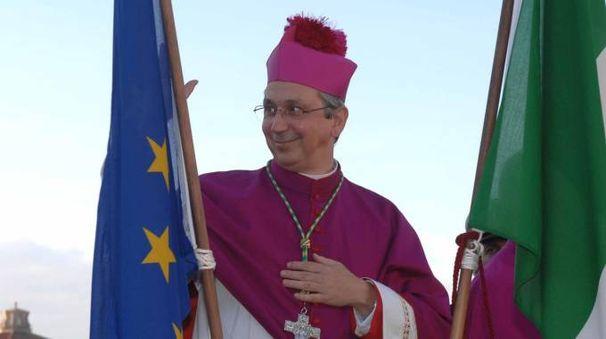Il vescovo di Livorno Simone Giusti