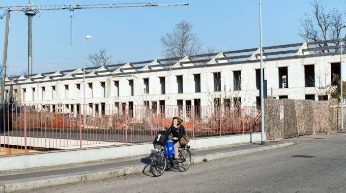 L'area di via Cadorna dove era sorto il cantiere di autocostruzione Aler