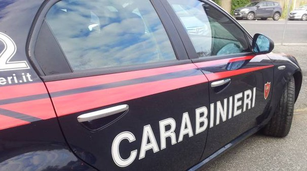 Una macchina dei carabinieri
