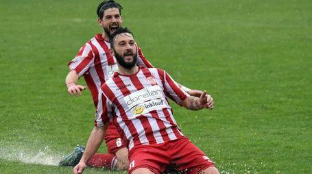 esultanza gol nocciolini 2-1 con vesi