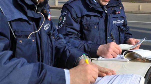 Un'immagine generica di polizia locale di Milano (Newpress)