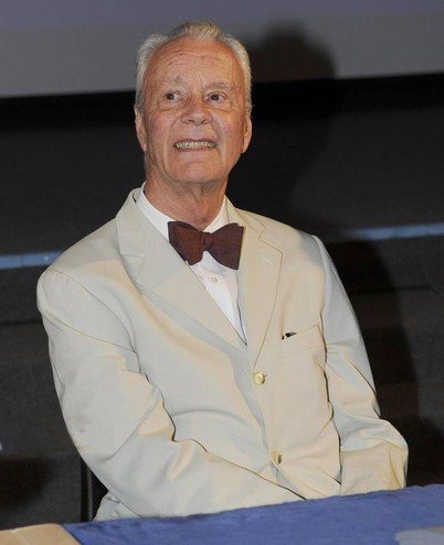 Addio a Paolo Poli, irriverente e geniale attore di teatro (Ansa)