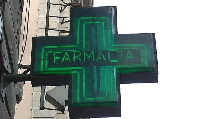 Una farmacia (foto di repertorio Newpress)