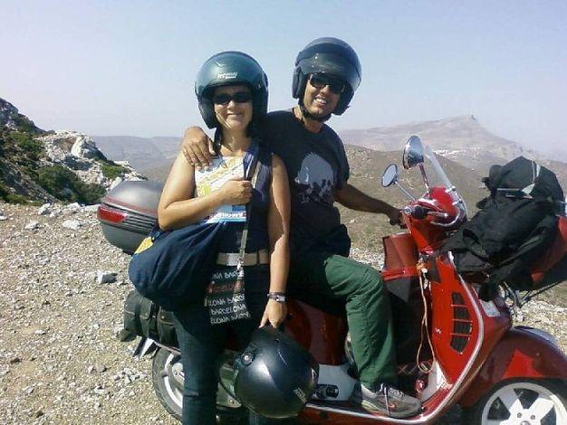 In Vespa sull'isola di Amorgos, in Grecia (Pier Luigi Tenti, Arezzo)