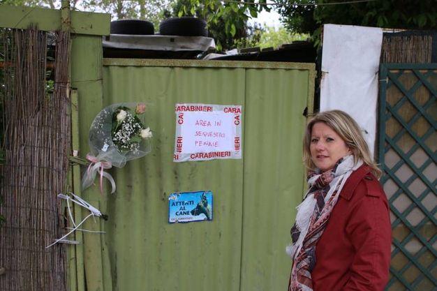 La capanna dove viveva la bambina di 3 anni trovata morta in casa (Valtriani)