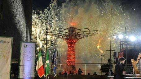 Si riaccende l'Albero della vita di Expo
