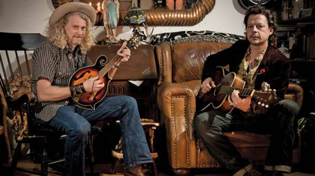 Ian Siegal e Jimbo Mathus in concerto a Porto Tolle il 5 giugno