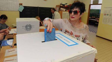 Elezioni Comunali e Regionali arezzo 31-05-2015 seggi voto votazioni