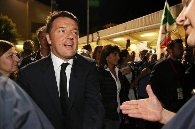 Sesto Fiorentino, Matteo Renzi alla chiusura della campagna elettorale del candidato Pd, Lorenzo Zambini (Germogli)