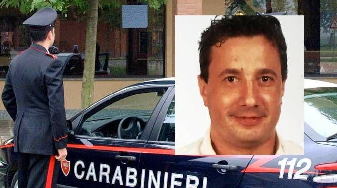 Ricerche dei carabinieri, nel riquadro Fabrizio Garatti