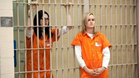 Alex e Piper, due delle protagoniste della serie (Foto: Netflix)