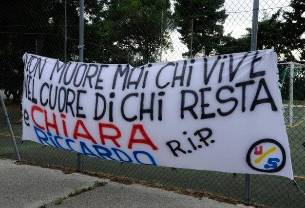 L'ultimo saluto ai 2 ragazzi morti a Milano nell'esplosione della palazzina (foto Calavita)