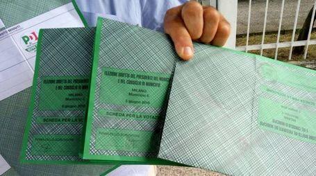 Francesco Sicignano ha ritrovato nella cassetta della posta le schede verdi