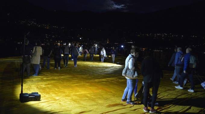 """The Floating Piers, prefetto Valenti: """"Il ponte di Christo potrebbe riaprire di notte"""""""