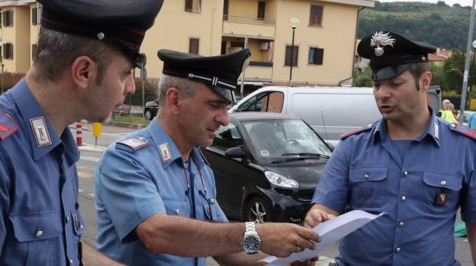 I carabinieri di Volterra hanno ricostruito i fatti e denunciato la badante