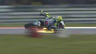 Valentino Rossi cade ad Assen