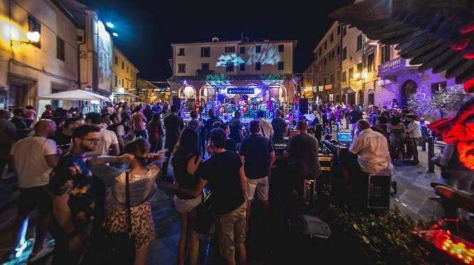 Tuscania Festival, la creatività conquista Peccioli