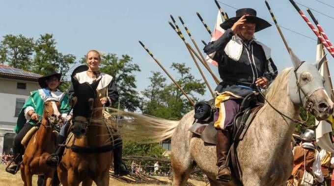 Lonate, viaggio nel tempo a Tornavento: rievocata la battaglia del 1636