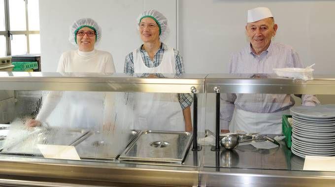 I volontari della mensa sociale di Canegrate (Studiosally)