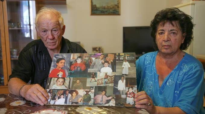 La famiglia Tamburini di Pesaro, 4 figli morti (Fotoprint)