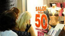 ACQUISTI Al via sabato le vendite a prezzi scontati