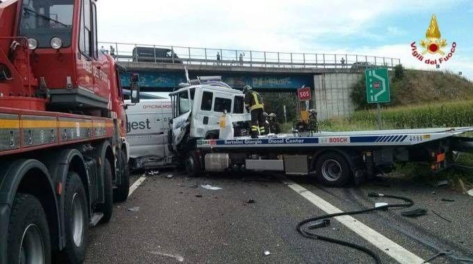 Incidente in autostrada a Somaglia, un morto sulla A1