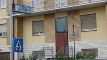 La caserma dei carabinieri di Mondavio, dove è stata portata la coppia rom subito dopo l'arresto (Franceschetti)
