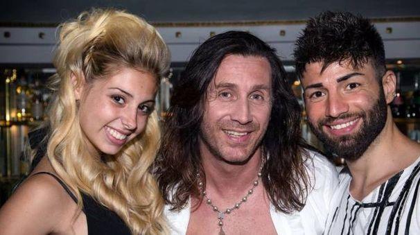 Rimini: Camilla Rupalti, Povia e Andrea Campisi nel backstage del video di 'Io voglio stare bene'