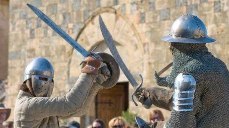 Via alla rievocazione medievale