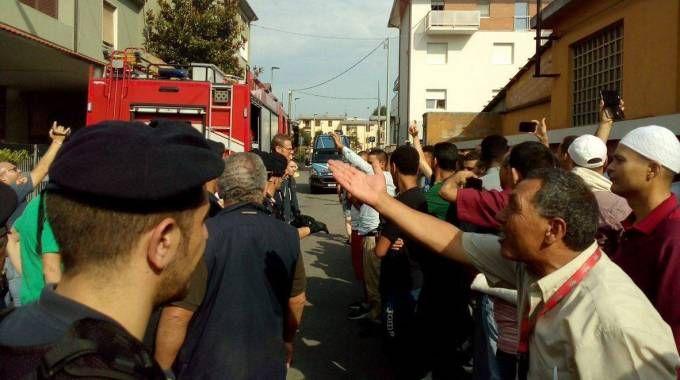 La comunità islamica è spaccata e vi sono stati scontri e tensioni