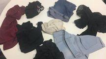 Gli indumenti presi dalle ragazze