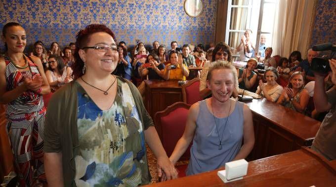 MOGLIE E MOGLIE Deborah Piccinini ed Elena Vanni (Isolapress)