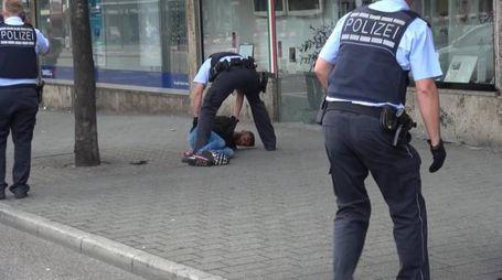 Reutilingen, il killer fermato dalla polizia (Ansa)